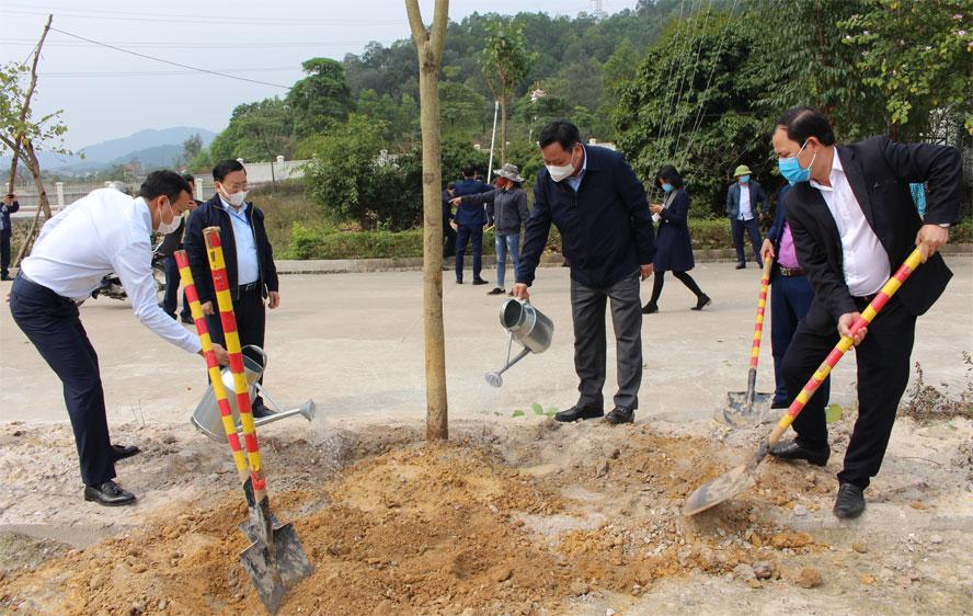 Huyện Sóc Sơn phấn đấu trồng mới 12 nghìn cây xanh